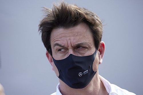 "Wolff legt Mercedes-statement uit: ""Red Bull heeft grens overschreden"""