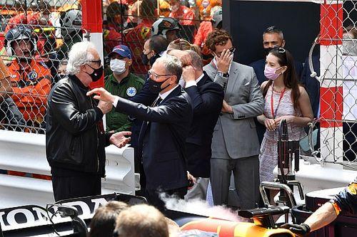 Flavio Briatore Isyaratkan Tertarik Kembali ke Formula 1