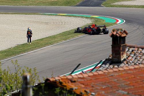 Bottas lidera una intensa y accidentada FP1 en Imola