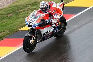 MotoGP Crónica de entrenamientos Dovizioso fue el más veloz al final del viernes en Brno