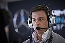 Mercedes cogita seguir Ferrari e estabelecer equipe B na F1