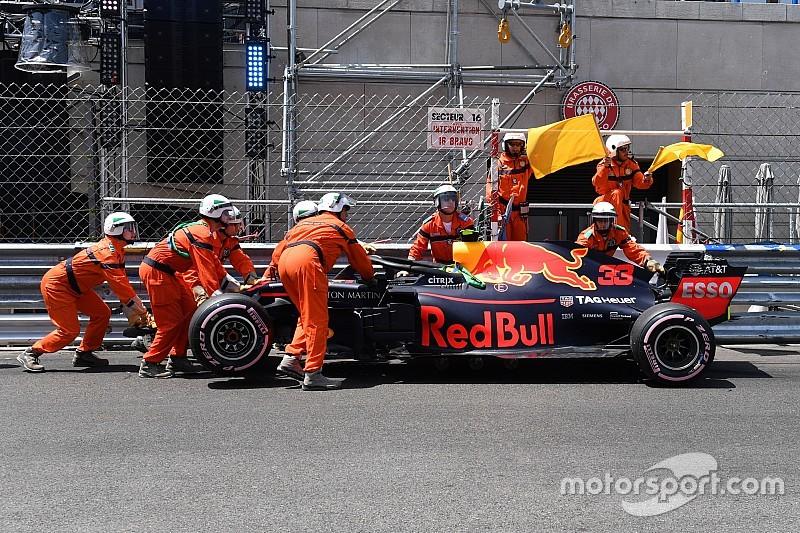 Verstappen se estrella y Ricciardo lidera antes de la clasificación de Mónaco
