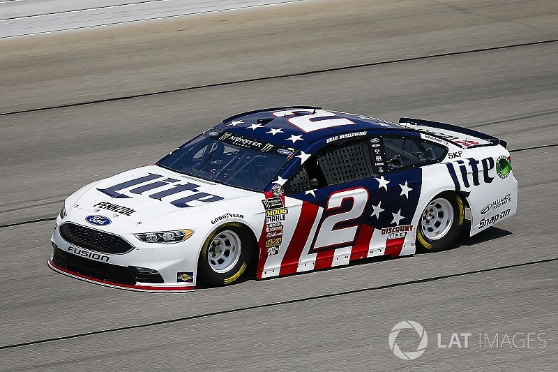 Brad Keselowski leads the way in final practice at Chicagoland