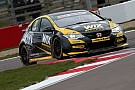 BTCC Brands Hatch BTCC: Goff takes pole after Cammish woe