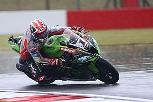 World Superbike Crónica de entrenamientos Las Kawasaki mandan y las Ducati sufren en el arranque del WorldSBK en Donington