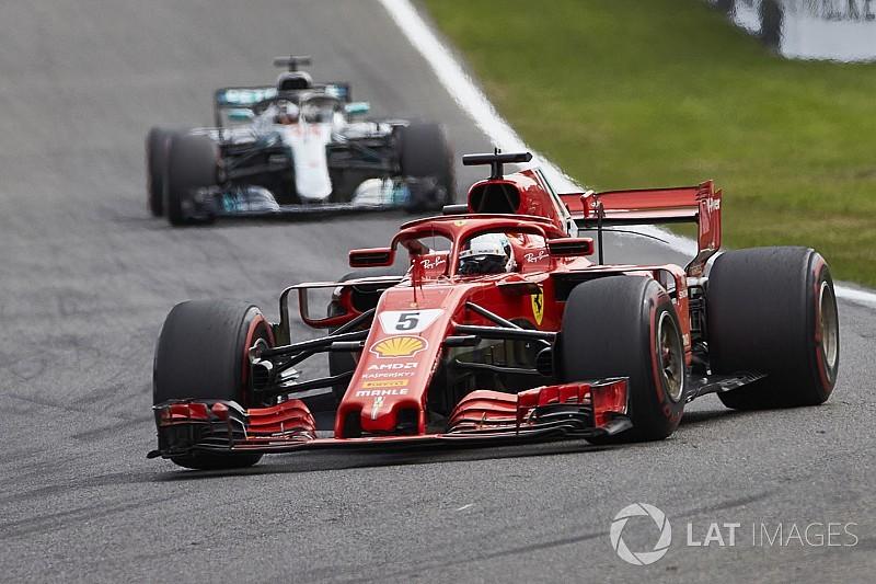 Хэмилтон: Mercedes больше не может блефовать в соперничестве с Ferrari