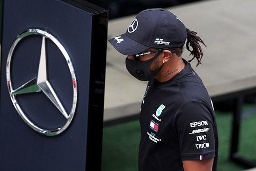 Hamiltont beidézték a versenybírókhoz!