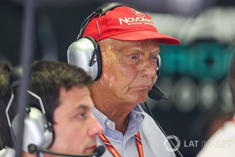 Lauda szerint nyerniük kell Monzában, különben elfelejthetik a bajnokságot