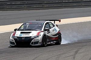 TCR Отчет о гонке Кольчиаго выиграл первую гонку в Бахрейне