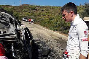 VÍDEO: Carro pega fogo durante etapa do Mundial de Rali
