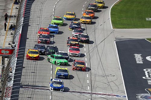 Red flag at Texas as crash takes out several contenders