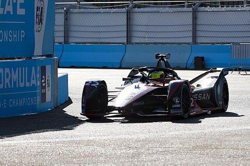 Formula E, Berlino 1, Libere 1: Rowland prima della bandiera rossa