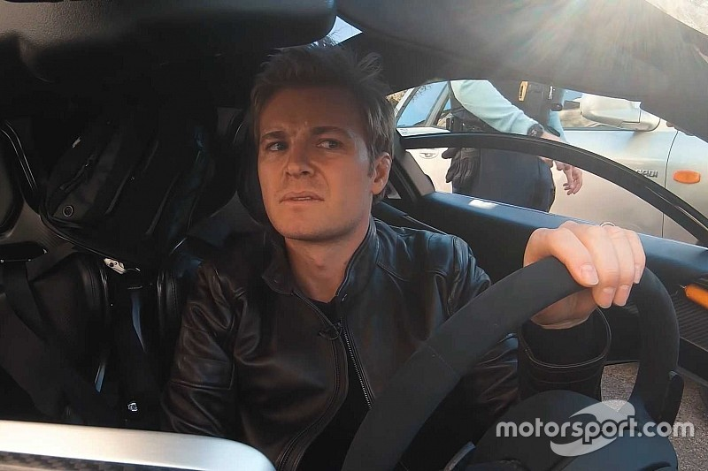 ニコ・ロズベルグ、高速コーナーよりも警察が怖い?