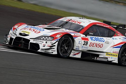 Fuji Super GT: Kovalainen ve Nakayama, SARD Toyota ile galibiyete uzandı