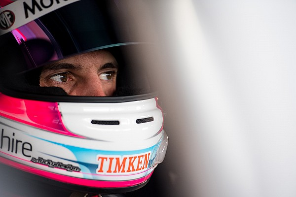 Supercars Winton Supercars: Percat gaps the field in frantic second practice