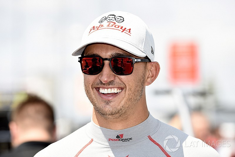 "Rahal predicts a ""great show"" by IndyCar at repaved Gateway"