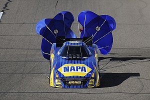 NHRA Qualifying report Capps, Torrence and Line lead qualifying Friday at New England Nationals
