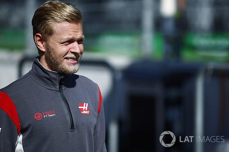 Dor de estômago pode tirar Magnussen do GP do México
