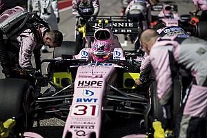 Drasztikus beavatkozással szerelt autót a Force India Austinban