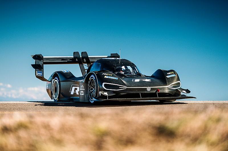 Електромобіль Volkswagen назвали «найкращою» машиною для підйому на Пайкс-Пік