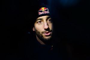 A Red Bull Ricciardo távozásával még Hamilton szerződtetését is fontolóra venné