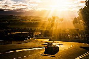 Гонки на выносливость Отчет о гонке «12 часов Батерста» закончились аварией, победил экипаж Фрейнса