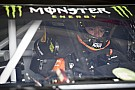 NASCAR Sprint Cup Martin Truex Jr. domina la Etapa 2 en Fontana