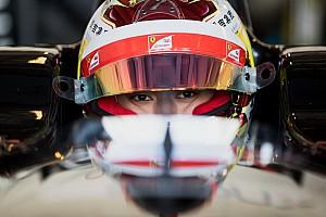 EK Formule 3 Raceverslag EK F3 Pau: Zhou overleeft meerdere herstarts en wint eerste race