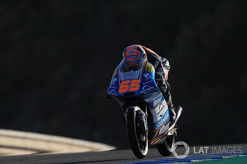 Oettl gana una carrera de Moto3 arruinada por Canet