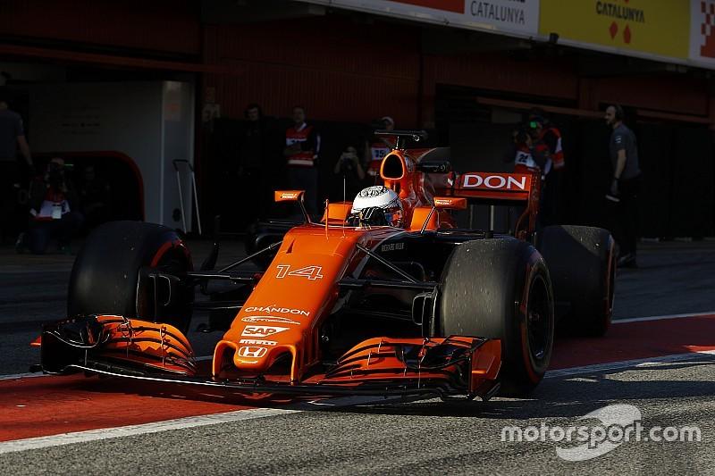 【F1】アロンソ「ファンがここ数年のF1マシンの容姿を忘れるのを願う」