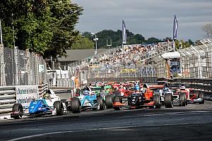 Formule Renault Raceverslag FR 2.0 Pau: Shwartzman wint eerste race voor Defourny