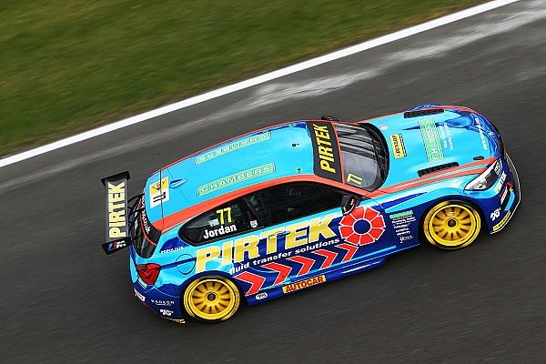 BTCC: Brands Hatch Indy'de üç yarışta üç farklı kazanan