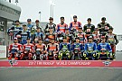 MotoGP La parrilla de MotoGP posa al completo para la foto oficial