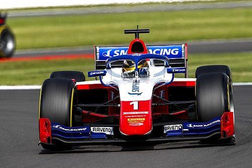 F2 Silverstone: Shwartzman ilk yarışı Vips'in önünde kazandı