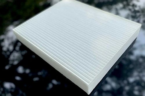 Kiszűri a káros benzingőzt és szennyeződést a levegőből a Ford új mikroszűrője