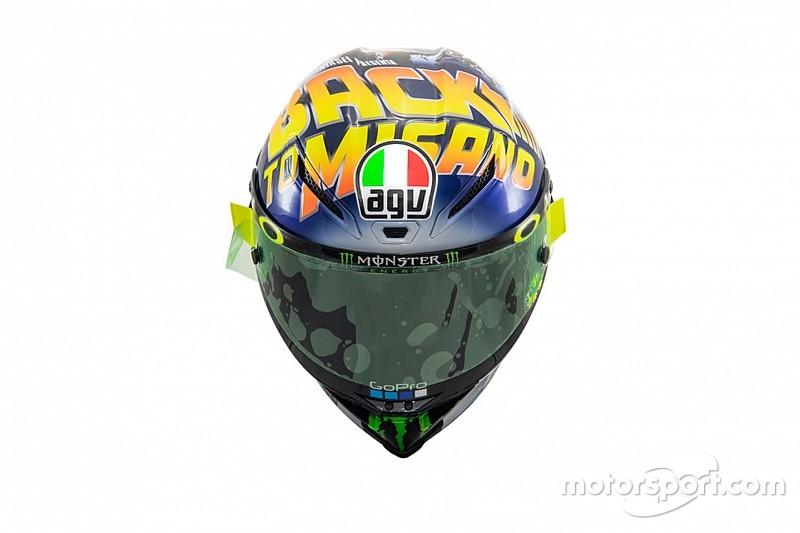 Rossi présente son casque: