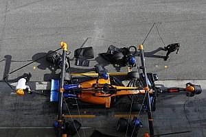 """Amikor a Ferrari """"kémkedik"""" a McLaren után"""