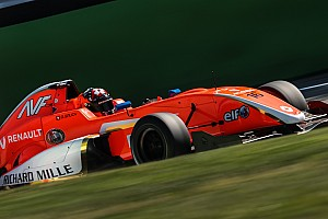 Formula Renault Intervista Formula Renault 2.0: debutto positivo per Grégoire Saucy