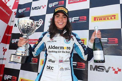 Jamie Chadwick devient la première femme à gagner en British F3