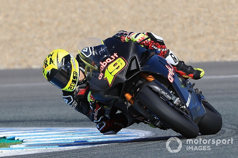 Rea leads newcomer Bautista on first Jerez test day