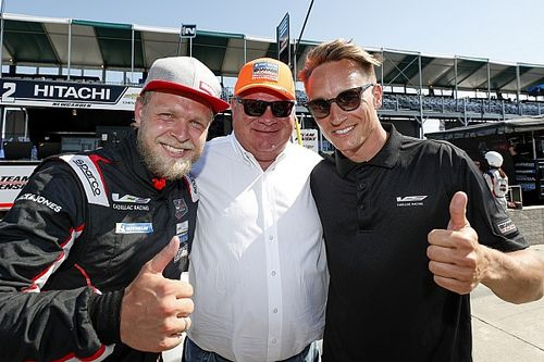 Detroit IMSA: Magnussen beats Tincknell to pole by 0.021s