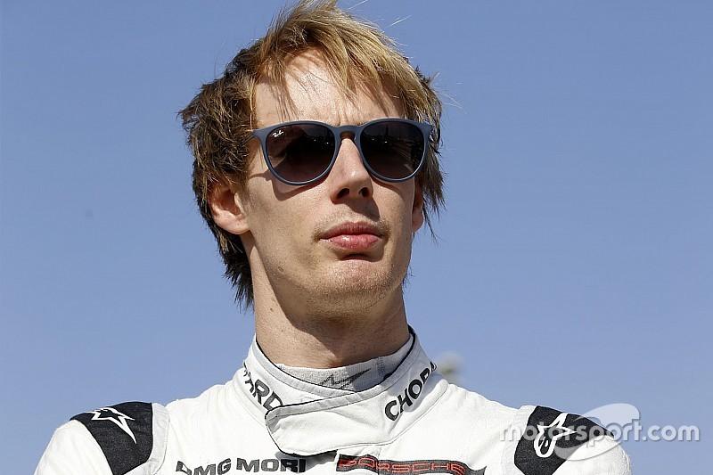 Brendon Hartley con la AXR-Mustang Sampling Racing alla 12h di Sebring al posto di Fittipaldi
