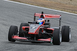 Formulewagens: overig Nieuws Podiumplek en zesde stek voor Verschoor tijdens zondagraces Teretonga