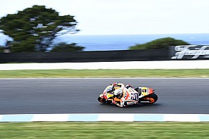 オーストラリア決勝:マルケス激戦を制し載冠に王手。ロッシ復活の2位