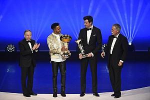 Formel 1 Fotostrecke Fotostrecke: Die schönsten Bilder der FIA-Preisverleihung 2017