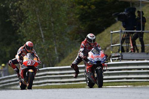 """Lorenzo: """"Márquez no pierde duelos, intenta ganar carreras imposibles"""""""