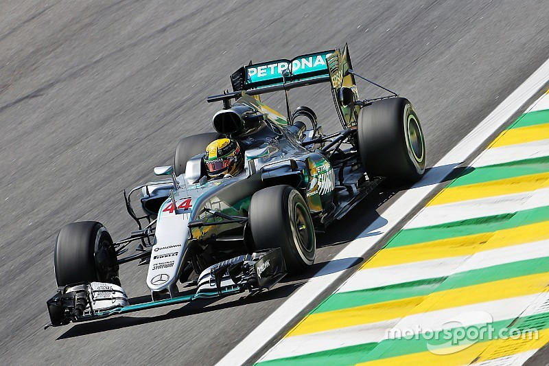 Brazilian GP: Hamilton leads Verstappen and Rosberg in FP1
