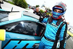 Porsche Relato da corrida Rodrigo Baptista triunfa na abertura da Porsche GT3 Cup