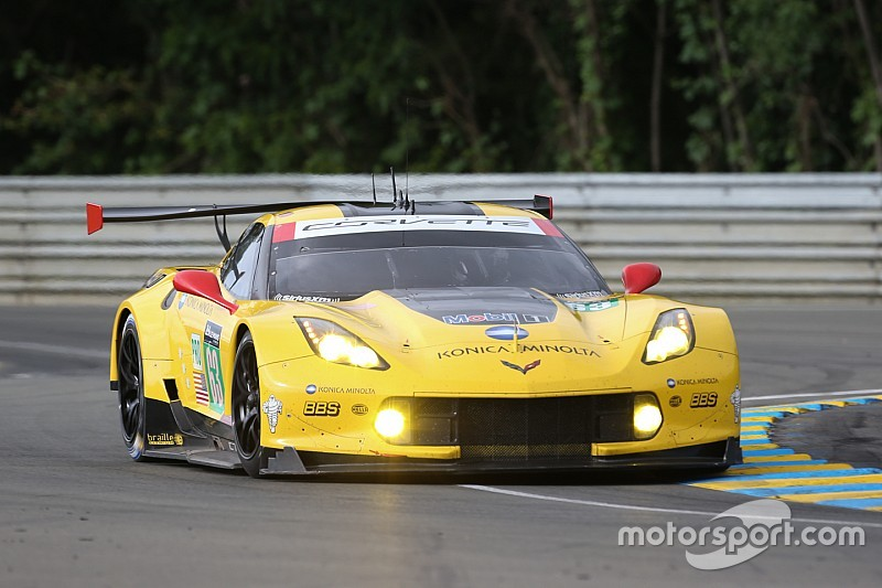 corvette racing at le mans the drivers in their own words. Black Bedroom Furniture Sets. Home Design Ideas