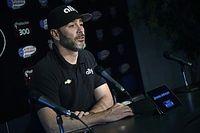 Семикратный чемпион NASCAR протестирует машину IndyCar